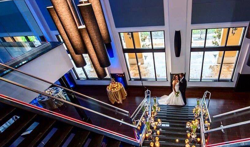 Promenade On The River: A Holiday Bridal Showcase